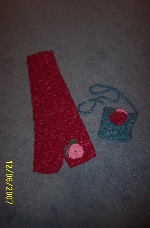 "TNN Mid Winter Secret Santa gift - scarf & handbag. Pattern from ""Gifts from the heart"""